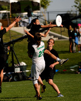 2012 USAU D-I College Championships Sunday Action