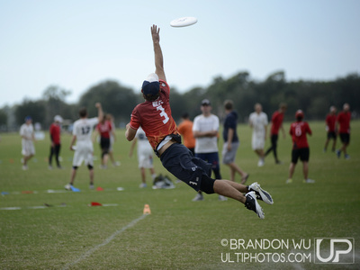 UltiPhotos: Drag'n Thrust v. Blackbird: Semifinals &emdash; USA Ultimate Club Championships 2012: Saturday Semifinals