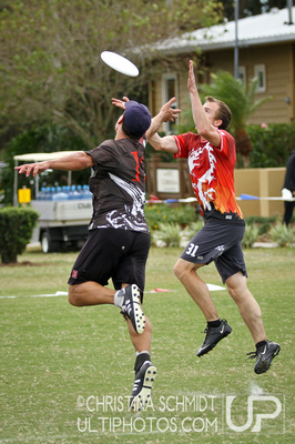 UltiPhotos: Drag'n Thrust v. Blackbird: Semifinals &emdash; 2012 USA Ultimate Club Championships