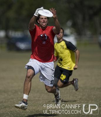 Seraglia vs Southpaw, USAUC2011