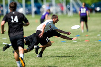 2014 USAU D-I College Champs Saturday Round 2 Action