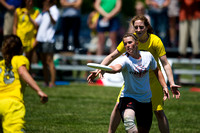 2014 USAU D-I College Champs Friday Round 3 Action